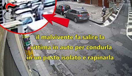 rapina anziana Catania