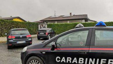 Torino, 18enne morta impiccata al cancello