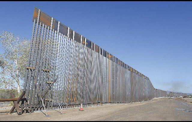 muro messico usa fondi